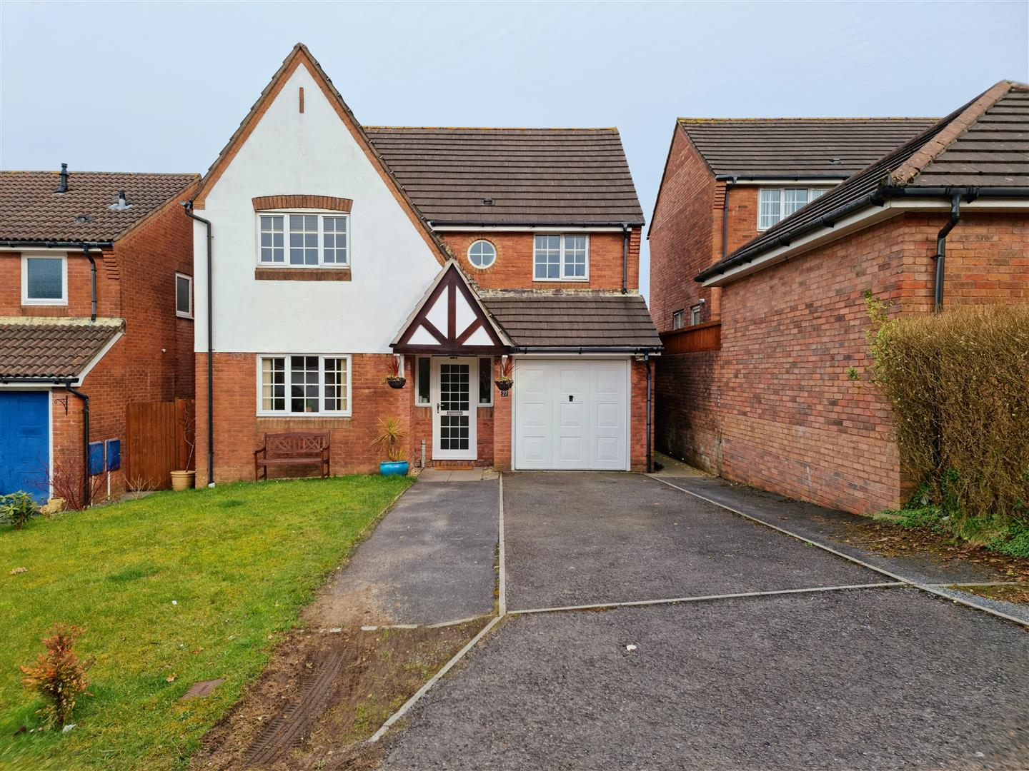 Keepers Close, Parc Penllergaer, Swansea, SA4 9FY